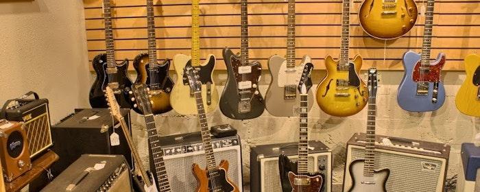 Dusty Strings