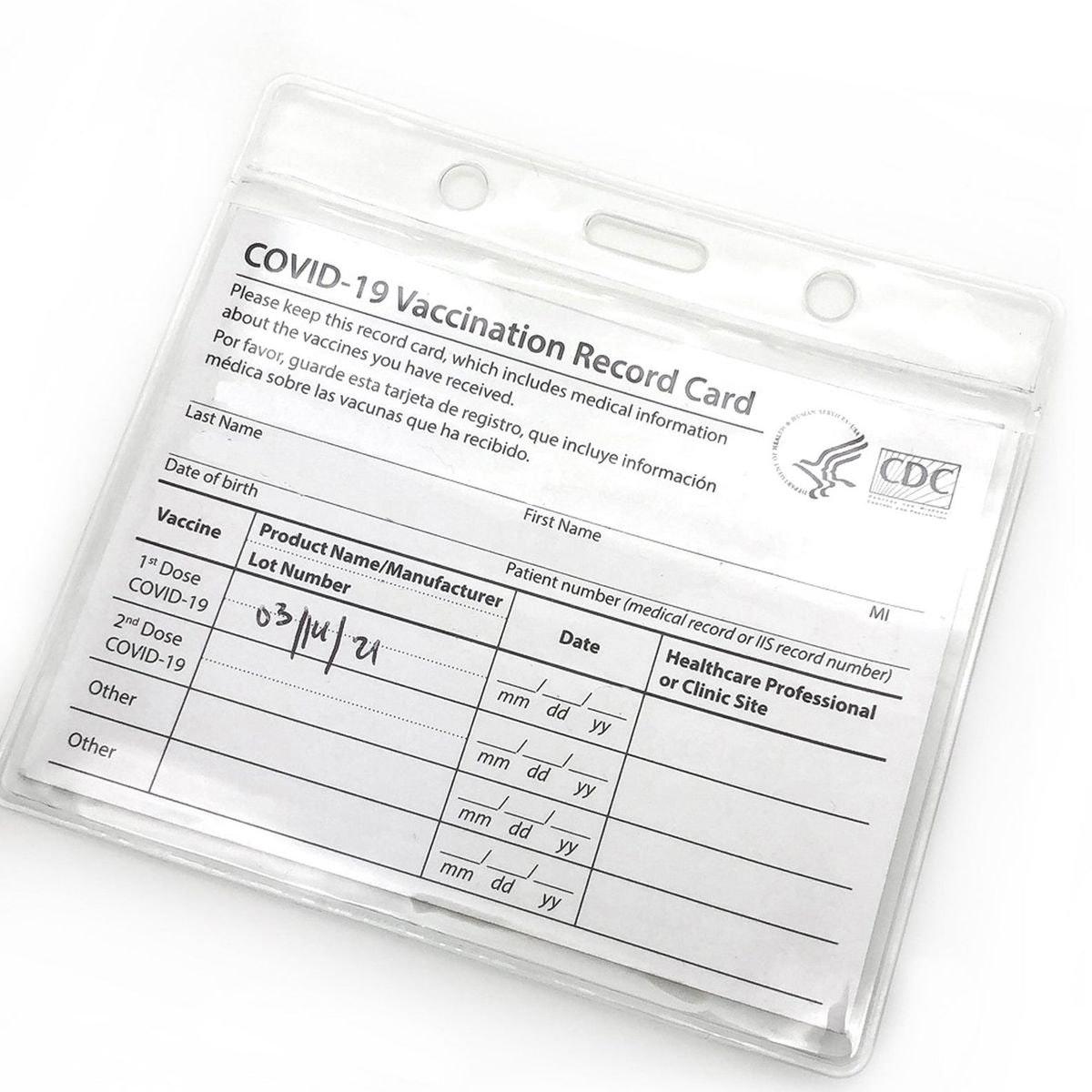 Gurcyter Covid Vaccination Card Holder