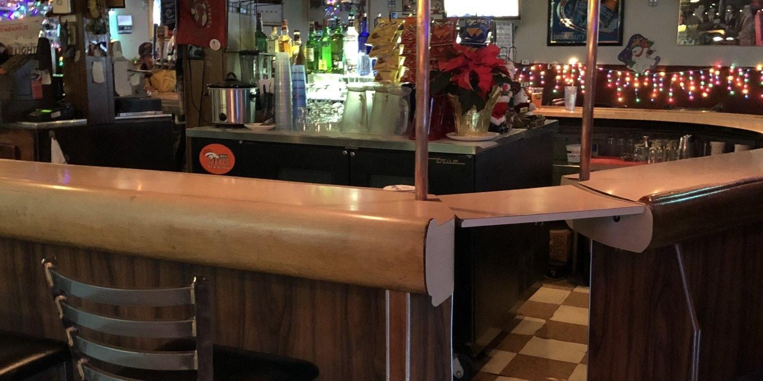 Sam's Bar and Lounge