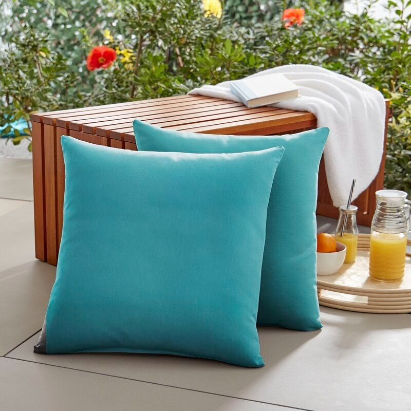 Square Knife Edge Outdoor Square Throw Pillow