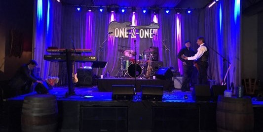 One-2-One Bar