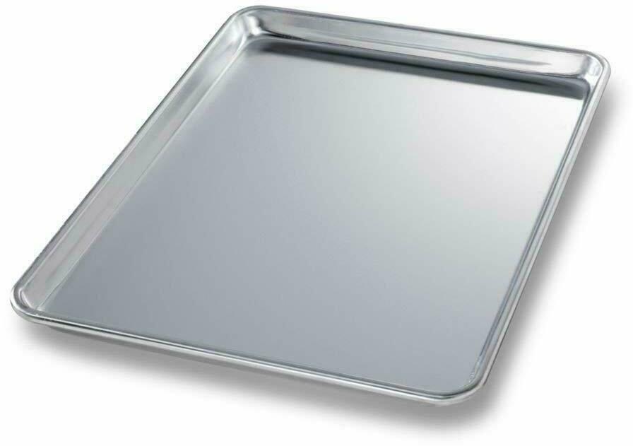 Chicago Metallic Bakeware Half-Size 18 Gauge Aluminum Sheet Pan