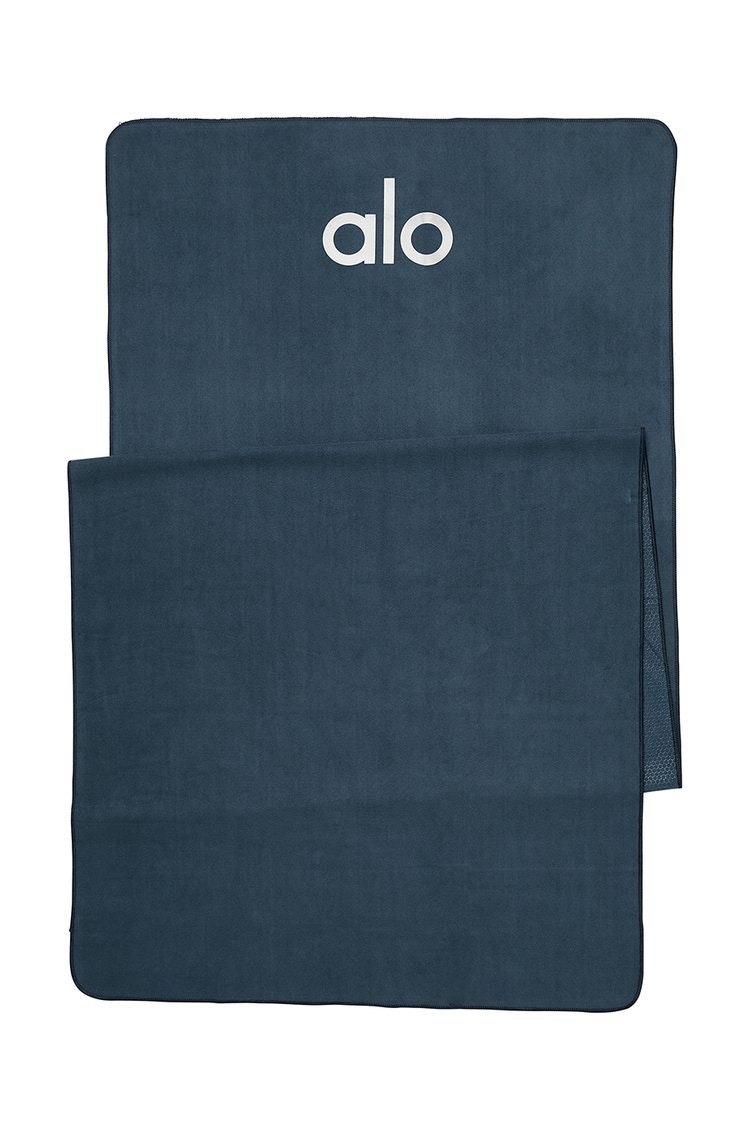 Alo Grounded No-Slip Towel