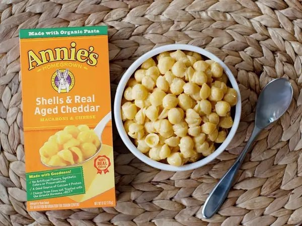 Annie's Shells and Real Aged Cheddar