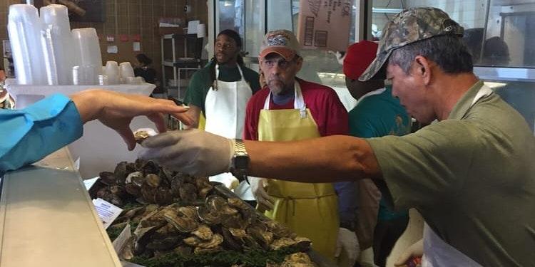 Captain Tavern Seafood Market